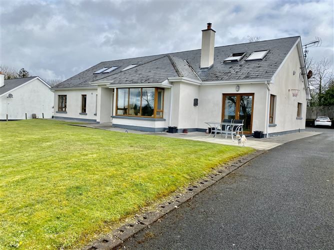 Main image for 3 Glen Comar, Dromod, Leitrim