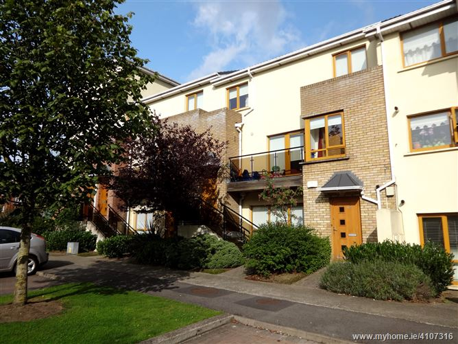 69 Hampton Wood Park, Finglas, Dublin 11