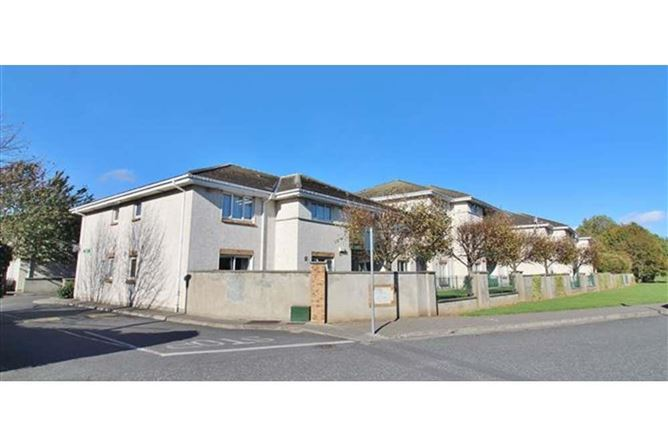 Main image for 17 Whitehall Square, Perrystown, Dublin 12