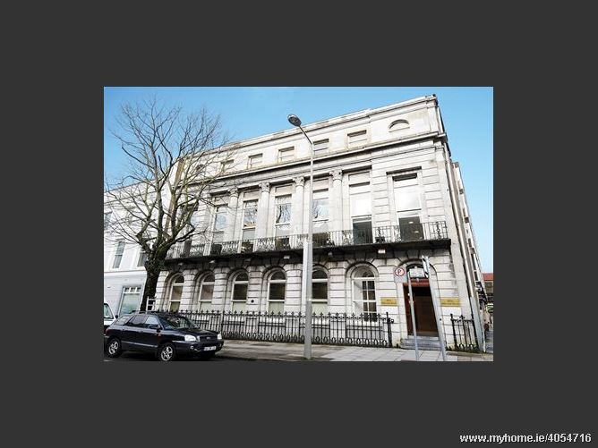 Hibernian House, 80A South Mall, Cork