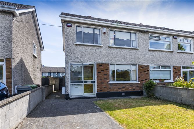 Main image for 24 CRESTFIELD DRIVE, Whitehall, Dublin 9