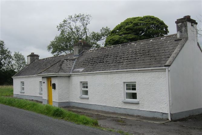 Main image for Rose Cottage Fairymount, Castlerea, Roscommon