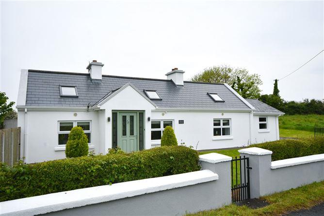 Main image for Rosserk Cottage,Lecarrow,Ballysakeery,Ballina,Co Mayo