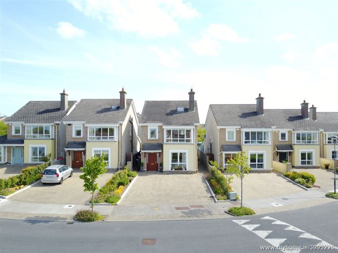 Photo of 13 Boireann Bheag, Roscam, Galway