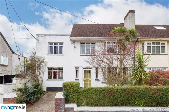 2 The Close, Mount Merrion, County Dublin