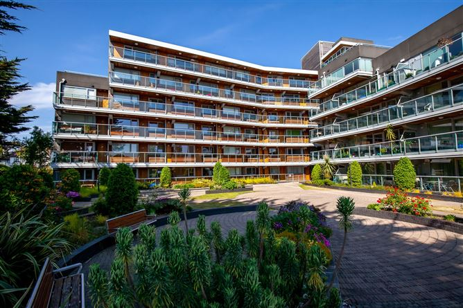 Main image for Apartment 4 Booterstown Wood, Booterstown Avenue, Booterstown, Dublin