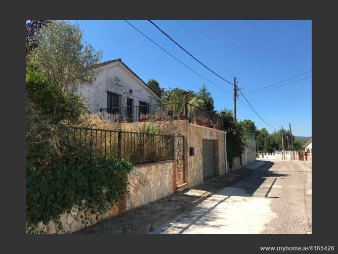 UrbanizaciónLa Pineda de Sants Elias, 08773, Mediona, Spain