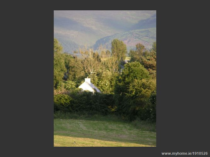 Cottage & Chalet at Tubrid , Cahir, Co. Tipperary
