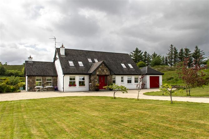 Main image for Deluxe Westport Cottage,Westport, Mayo, Ireland