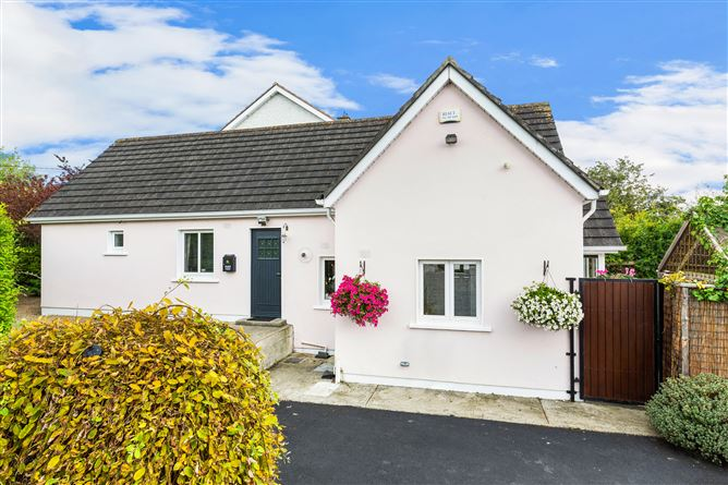 Main image for Willow Cottage, 2A Woodlands Park, Dun Laoghaire, Co. Dublin
