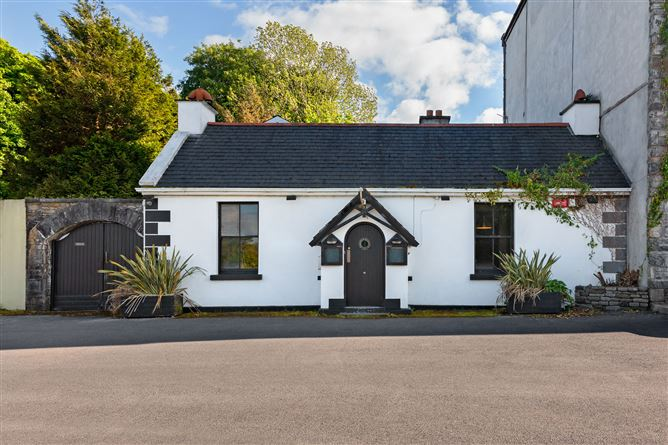 Main image for The Quay Cottage, The Harbour, Westport, Mayo