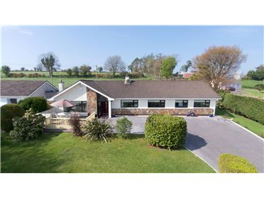 Photo of 1 Lakelands, Dripsey, Co Cork, P12DT86