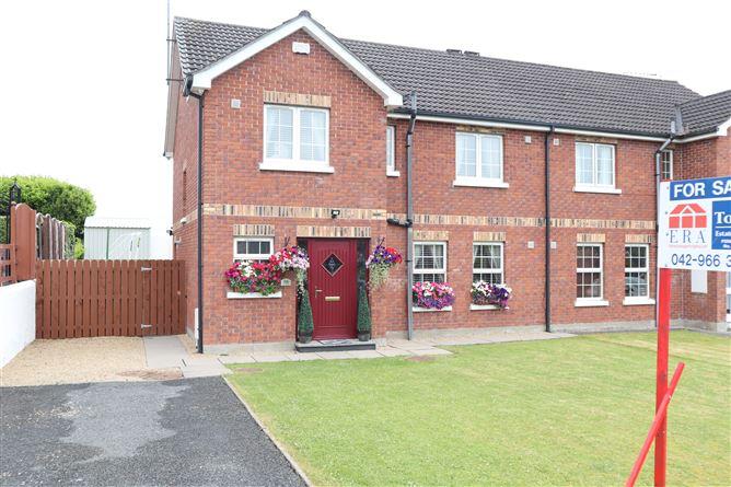 Main image for 16 Foxfield, Carrickmacross, Monaghan