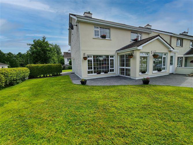 Main image for 10 Lakeshore Drive, Castlebar, Mayo