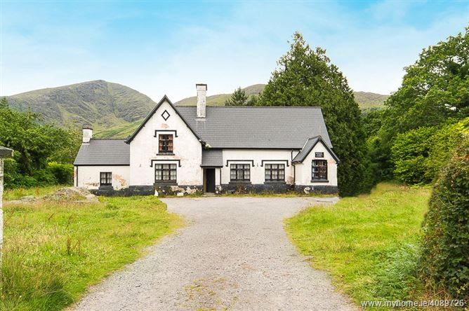 The Old School House, Glenmore, Lauragh, Kenmare, Co Kerry