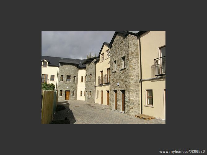 The Archways, Carrick-on-Shannon, Leitrim