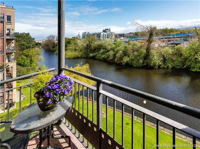 44 The Wellington, Riverpark Apartments, Conyngham Road, Dublin 8