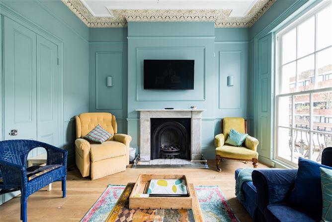 Main image for Life in Pimlico,London,London,United Kingdom