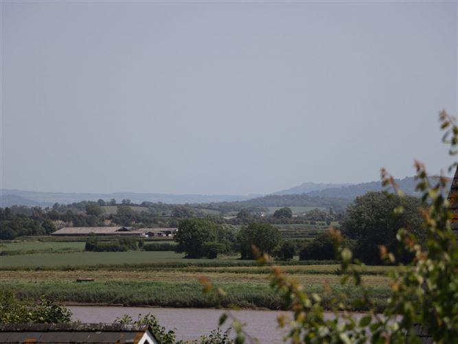 Main image for 1 Ferryside Cottages,Newnham-on-severn, Gloucestershire, United Kingdom