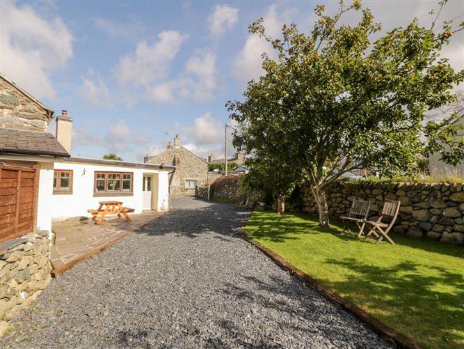 Main image for 1 Borthwen Cottages,Dyffryn Ardudwy, Gwynedd, Wales