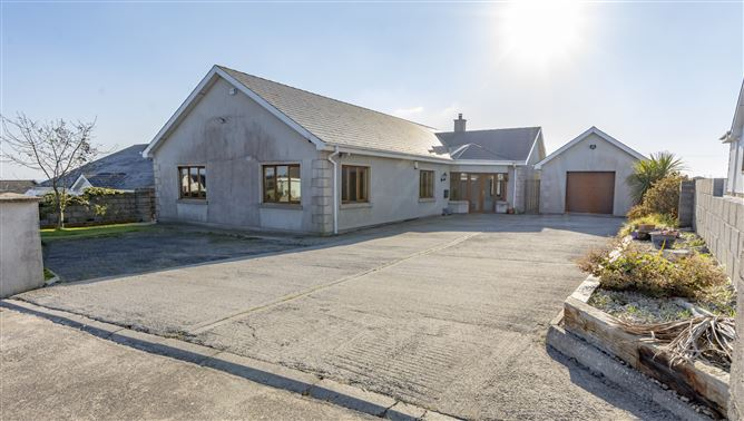 30 Laoi Na Mara, Dunmore East, Waterford