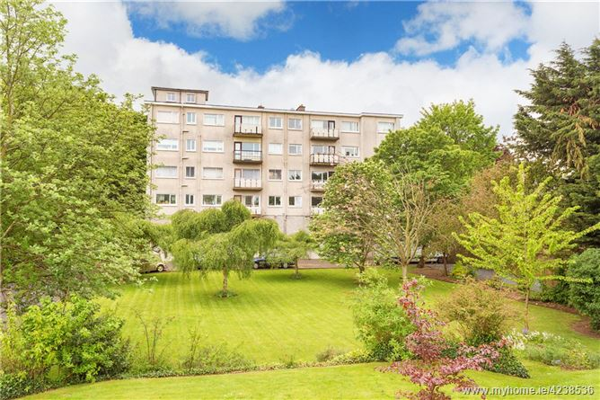 Apt. 7 Scotia, De Vesci Court, Monkstown, Co. Dublin