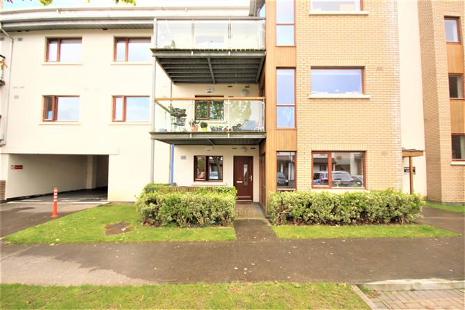 Main image for 21 Hunters Hall, Ballycullen Road, Dublin 16, D24VY97