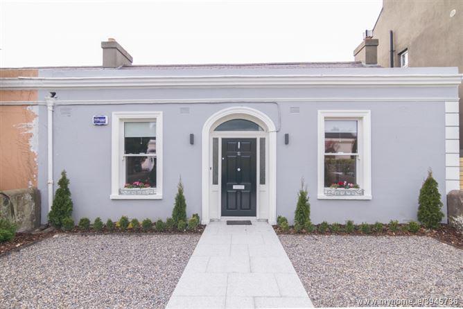 Main image for 12 Albert Road, Sandycove, Dublin