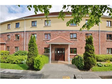 Property image of 32 The Crescent, Charlesland , Greystones, Wicklow