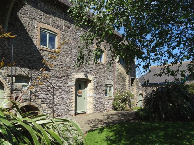 Main image for St Aubyn Cottage, NOSS MAYO, United Kingdom