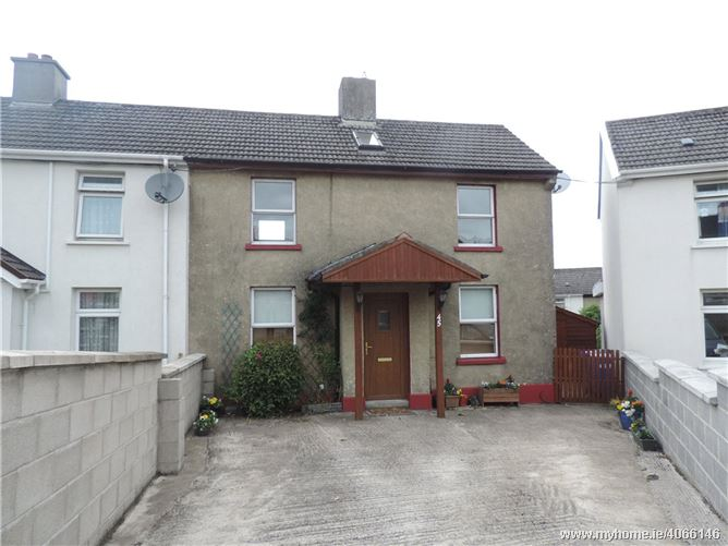 45 Charlton Hill, New Ross, Co. Wexford