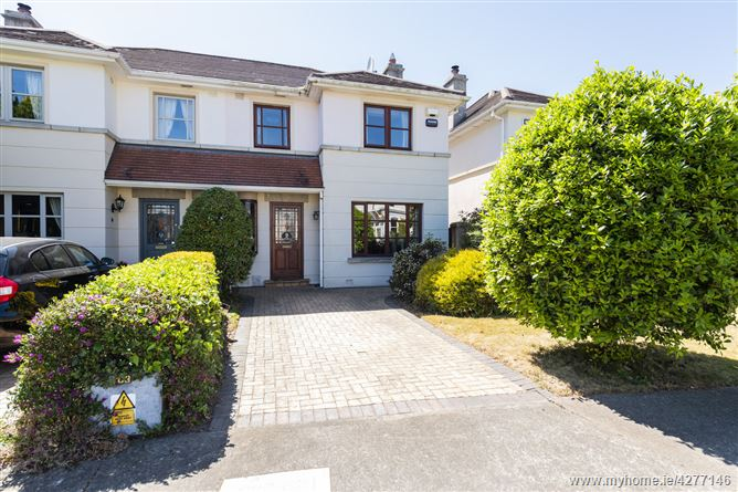 5 Stradbrook Hall, Blackrock, County Dublin