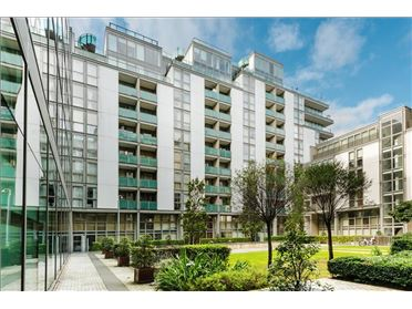 Main image of 32 Cloncurry House, Spencer Dock, IFSC, Dublin 1