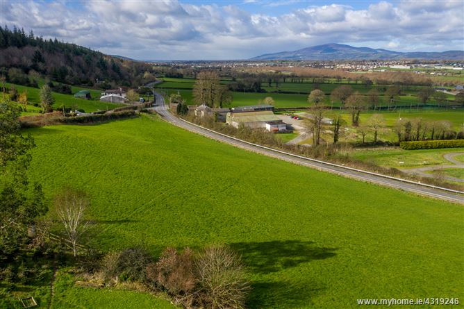 SITE FOR SALE, Tinhalla, Carrick-beg, Carrick on Suir, Co. Waterford
