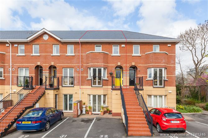 Main image for 32 Redcourt Oaks, Seafield Road East, Clontarf, Dublin 3