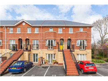 Main image of 32 Redcourt Oaks, Seafield Road East, Clontarf, Dublin 3