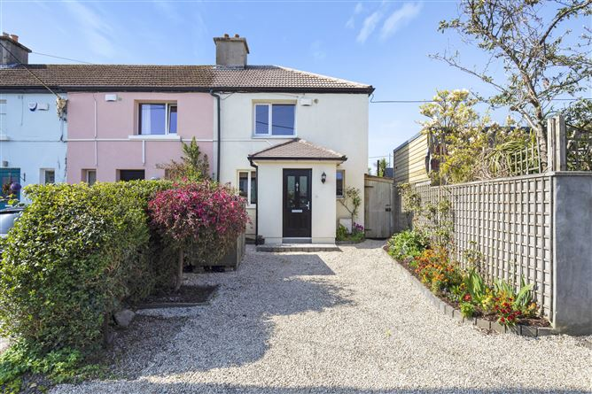 Main image for 48 McCabe Villas, Booterstown, Dublin