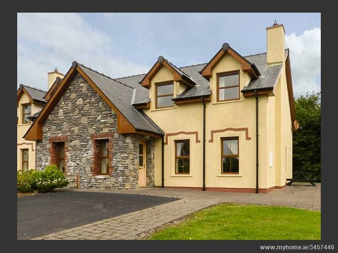 Main image for Kenmare Bay Cottage,Kenmare Bay Cottage, Number 22, Inbhear Sceine, Kenmare, County Kerry, Ireland