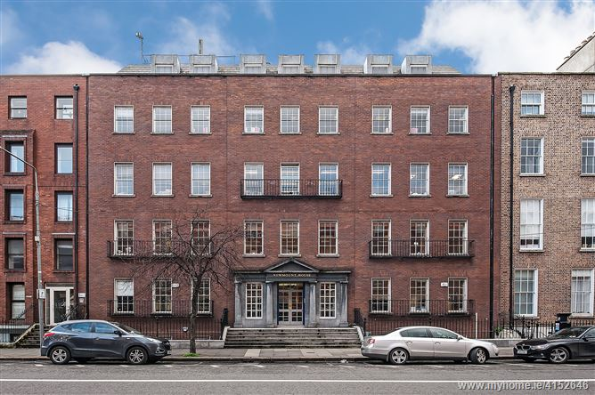 Newmount House, 22-24 Lower Mount Street, South City Centre, Dublin 2