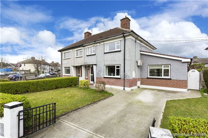 552 Collins Avenue West, Whitehall, Dublin 9