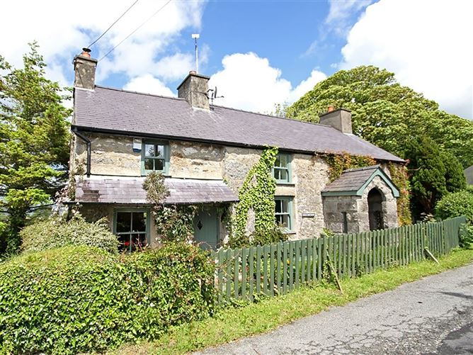 Main image for Buck Cottage, RED WHARF BAY, Wales