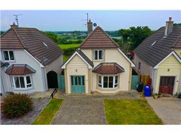 Main image for 16 Seaview Court, Kilmuckridge, Wexford