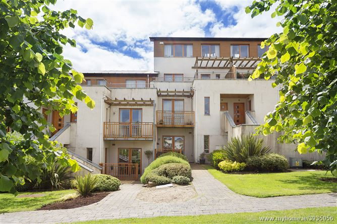 Photo of 9 Brennanstown Square, Cabinteely, Dublin 18