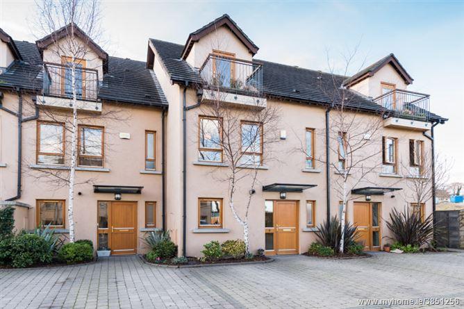 8 The Courtyard, Stepaside Park, Stepaside, Dublin 18