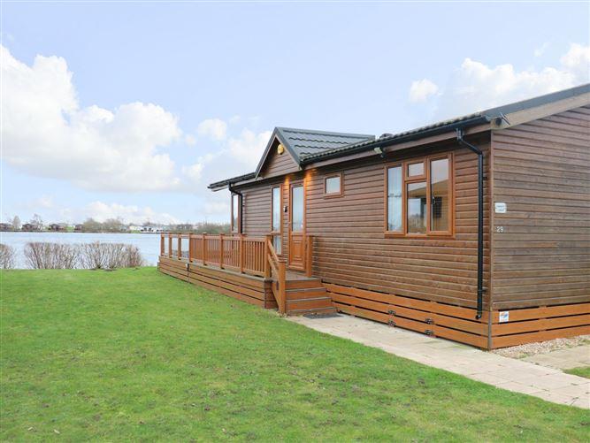Main image for Lakeside Lodge,Tattershall, Lincolnshire, United Kingdom