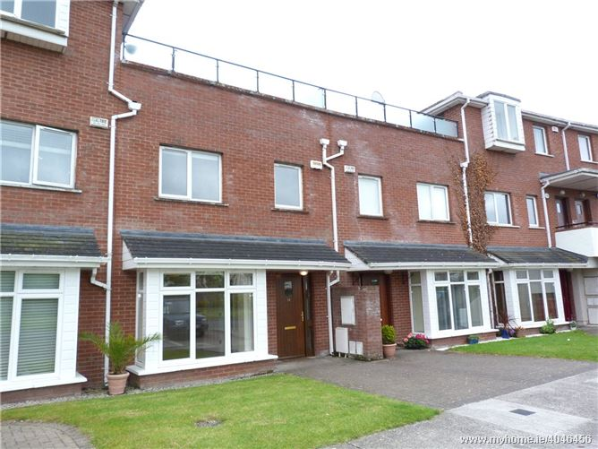 14 Hansted Crescent, Lucan, Co. Dublin