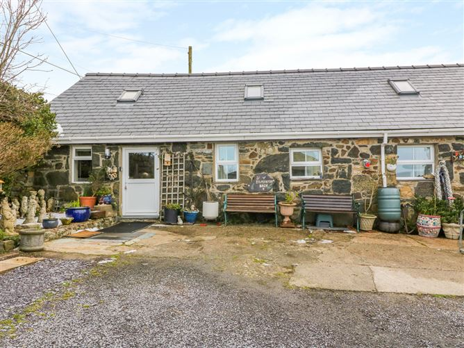 Main image for Ty Mynydd Cottage, ABERDARON, Wales