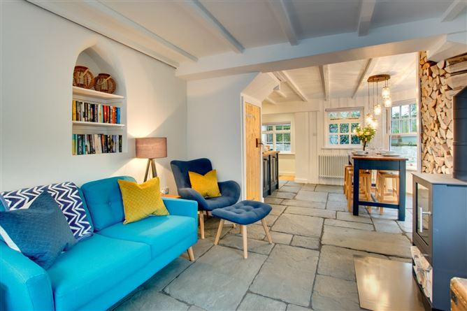 Main image for Woodbine Cottage, Padstow,Padstow,Cornwall,United Kingdom