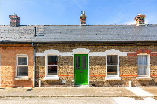 Main image for 5 Simmonscourt Terrace,Donnybrook,Dublin 4,D04 V2H9