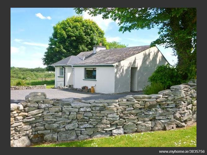 Cnoc Dubh Cottage, KILTIMAGH, COUNTY MAYO, Rep. of Ireland